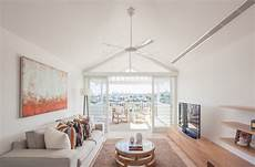 peinture meuble bois interieur int 233 rieur blanc et bois 40 id 233 es inspirantes 224 emprunter
