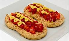 crema pasticcera con biscotti sbriciolati ricetta biscotti con crema pasticcera e fragole paneangeli ricetta ricette ricetta