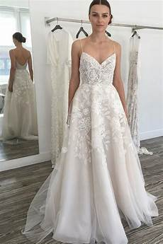 glamorous a line ivory spaghetti straps backless tulle beach wedding dress with lace n587