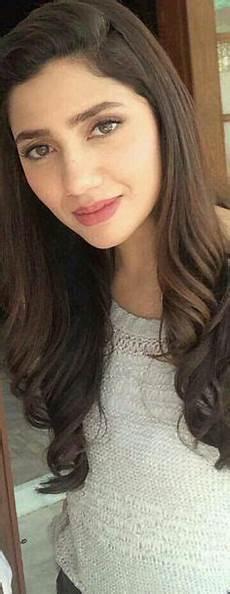 pakistan s fashion model actress mahira khan mahira khan pinterest