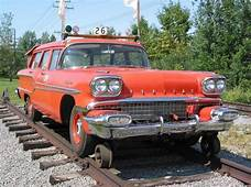 STRANGE RAILROAD TRACK VEHICLE  1958 PONTIAC STATION