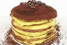 tiramisu con crema pasticcera tiramis 249 pancake con farina di banana crema pasticcera amodomio e granella di cacao crudo