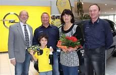 Dortmund Fans Gewinnen Vip Tickets Wochenendspiegel