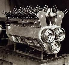 Engine Of Frank Lockhart S Stutz Black Hawk That Attempted