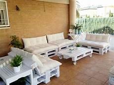 salon de jardin en palette en bois energ sens salon de jardin en palettes