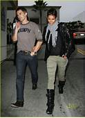 Halle Berry & Olivier Martinez T Mobile Twosome Photo