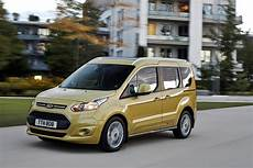 ford tourneo connect ford tourneo connect 2014 review auto express