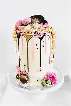 42 And Trendy Drip Wedding Cakes Stunning Wedding