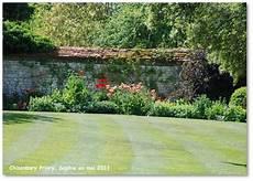 le jardin c est tout le jardin c est tout comme un gazon anglais