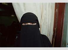 Bulgaria: Muslim women banned from wearing full face veils