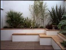 beton gartenmauer streichen rendered white garden wall ideas how page 1 homes