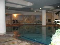 Pool Im Keller - quot gro 223 er pool im keller quot hotel ideal park laives leifers