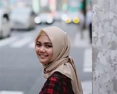Perjalanan Setahun Rina Nose Dari Pakai Jilbab Hingga