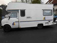 Oldtimer Wohnmobil Bedford Blitz Mit H Wohnwagen