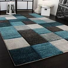 tappeti design moderno tappeto design moderno lavorato a mano con bordo a quadri