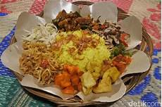 35 Spanduk Nasi Kuning Moderation Is The Key