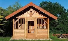 la construction d une cabane de jardin sur mesure jardin