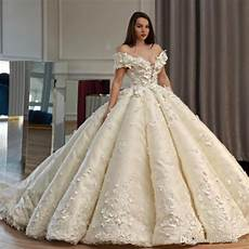 saudi dubai princess wedding dress off shoulder beads 3d floral appliques lace ball gown wedding