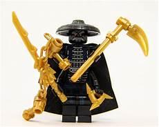 Lego Ninjago Ausmalbilder Lord Garmadon Lego Ninjago Ninjago Lord Garmadon With 4 Gold Weapons