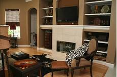 which paint color goes with brown furniture paint color ideas wit paint colors for living