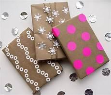Originelle Geschenkverpackung Basteln - kraft paper gift wrap ideas popsugar smart living