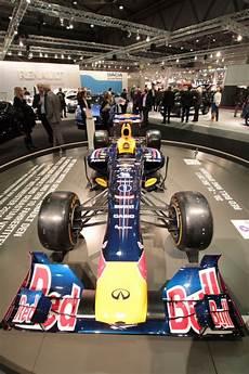 Unschlagbares Team Sebastian Vettel Und Bull Rb9