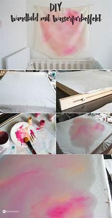 wandbilder aus stoff diy wandbild aus stoff mit wasserfarbeffekt kreativfieber