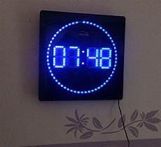 wanduhr netzbetrieb led digitale wanduhr 32 x 32 cm blau wanduhren shop24