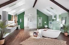 das badezimmer unterm dach individuelle dachausbau neues bad unterm dach 187 livvi de
