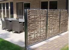 pare vent bois dehors design claustras