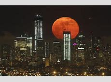 what time is the lunar eclipse
