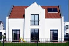 Alte Fassade Neu Verputzen - fassade einfamilienhaus haus deko ideen