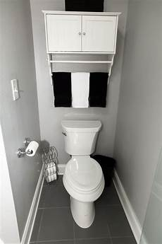 what is the toilet room dimensions