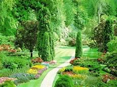 Free Desktop Wallpaper Flower Garden by Flower Gardens Garden Wallpapers Free Hd For Desktop Hd