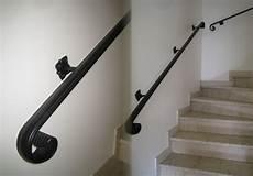 courante d escalier wikilia fr