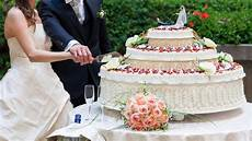 il banchetto nuziale wedding le ultime tendenze per la torta nuziale tgcom24