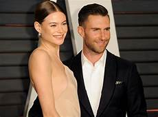 Adam Levine Frau - here s the photo of adam levine and behati prinsloo