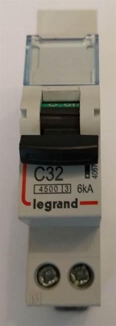 prise électrique en anglais syst 232 me de recharge pour v 233 hicule 233 lectrique wikifab