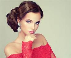 Pageant Hairstyles the top 10 pageant hairstyles and what they all in common