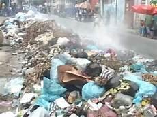 bild de reportage le centre ville de port au prince croule sous