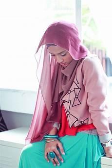 Sahabat Stmik Profesional Jilbab Pashmina Style
