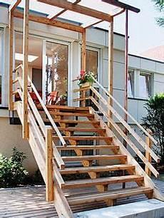 Holztreppe Für Aussen - treppe f 252 r draussen haus in 2018 treppe