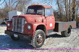 1967 International Loadstar 1600 Flatbed Truck  No