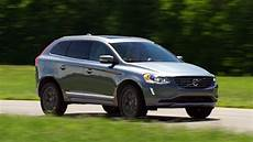 2017 Volvo Xc60 Suv Bides Its Time Consumer Reports