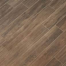 Fliesen Holzoptik Nussbaum - tile look like wood porcelain tile dolce wood look