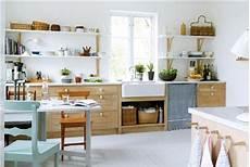 Küche Offenes Regal - skandinavisch in 2019 k 252 che landhausstil k 252 chen styling