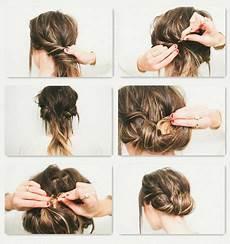 Einfache Steckfrisuren F 252 R Schulterlanges Haar