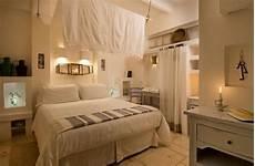 camere con letto a baldacchino l acquaro romantica con letto a baldacchino