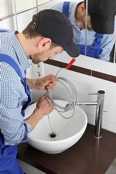 rohr reinigen backpulver rohrreinigung was tun gegen den verstopften abfluss