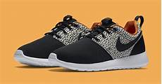 safari nike roshe one sneaker bar detroit